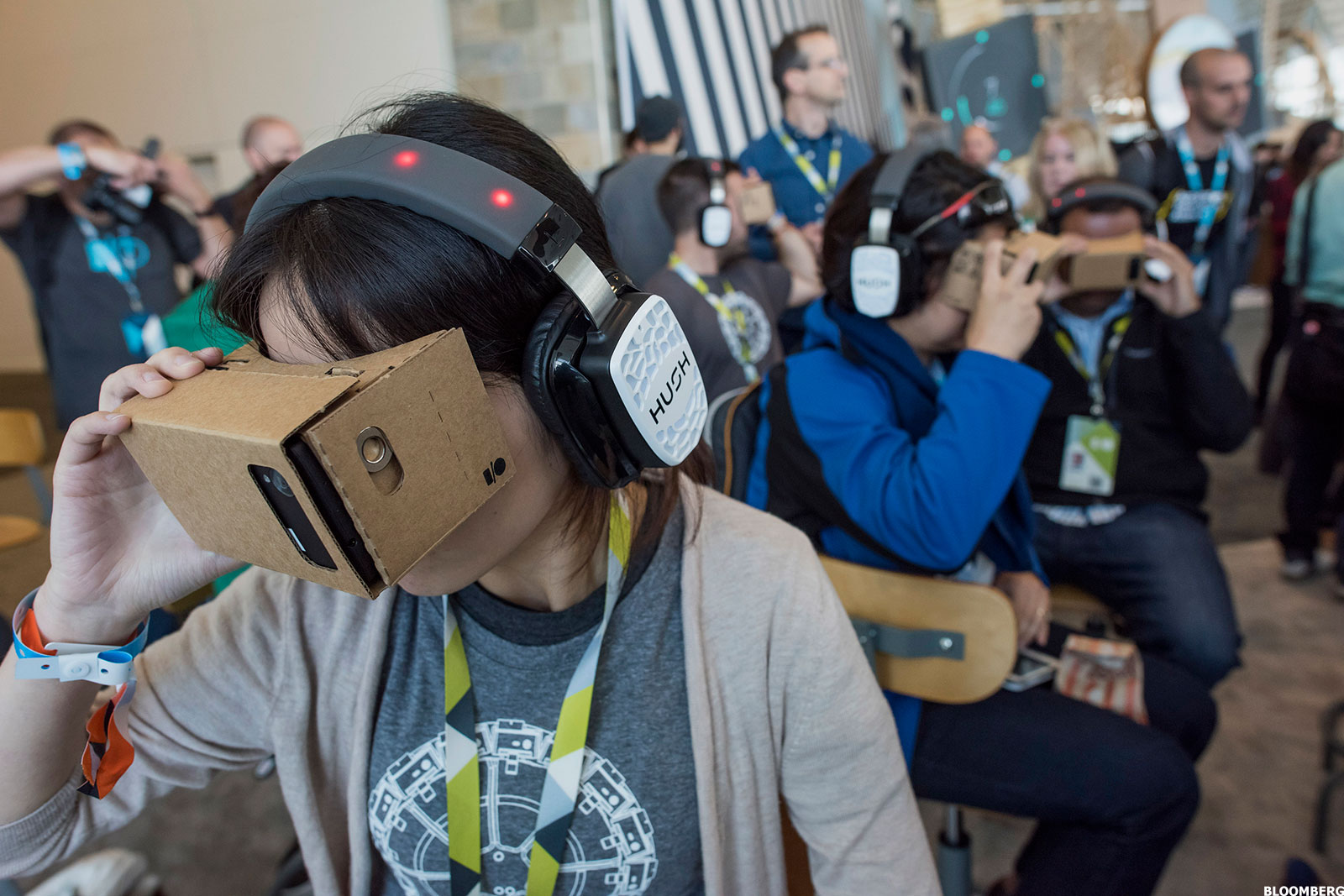 Could Virtual Reality Enter Education?
